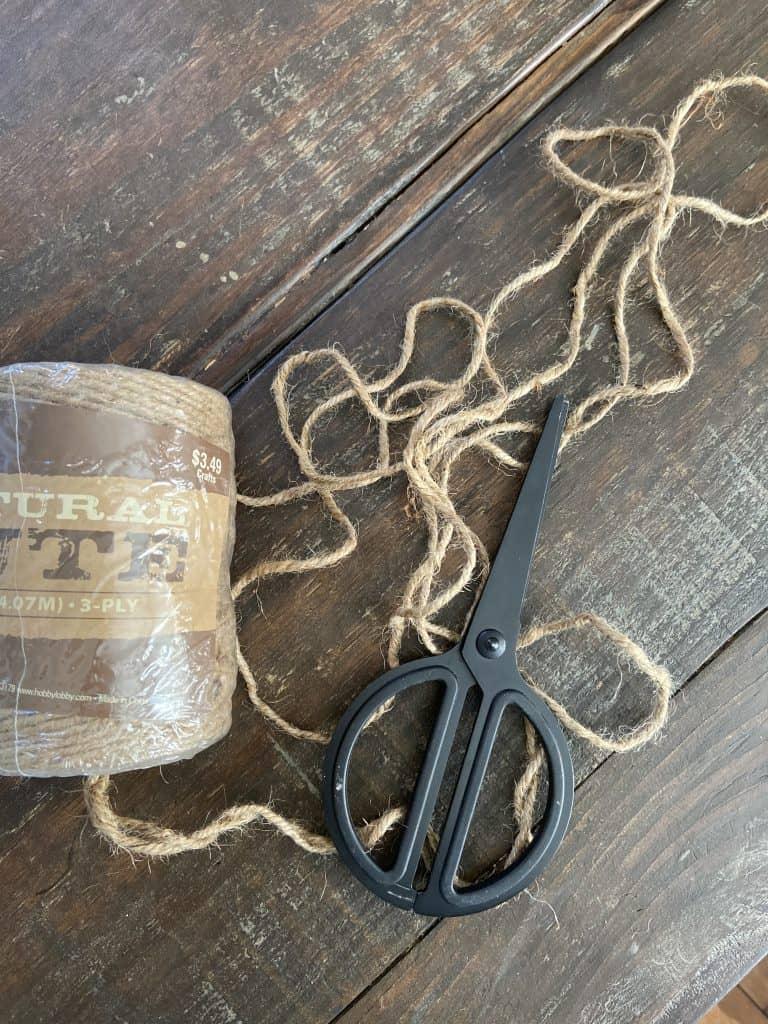 How to make jute tassels. Easy diy tutorial.